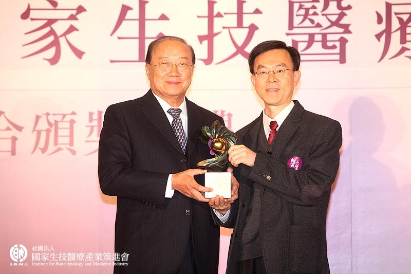 學術研究組獲獎:吳漢忠研究員_中央研究院