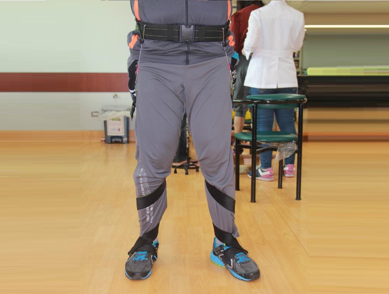 連動式足部側翻矯正裝置.產品正面觀
