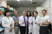 研發團隊-由黃振文 副校長(左三)領軍之研發團隊