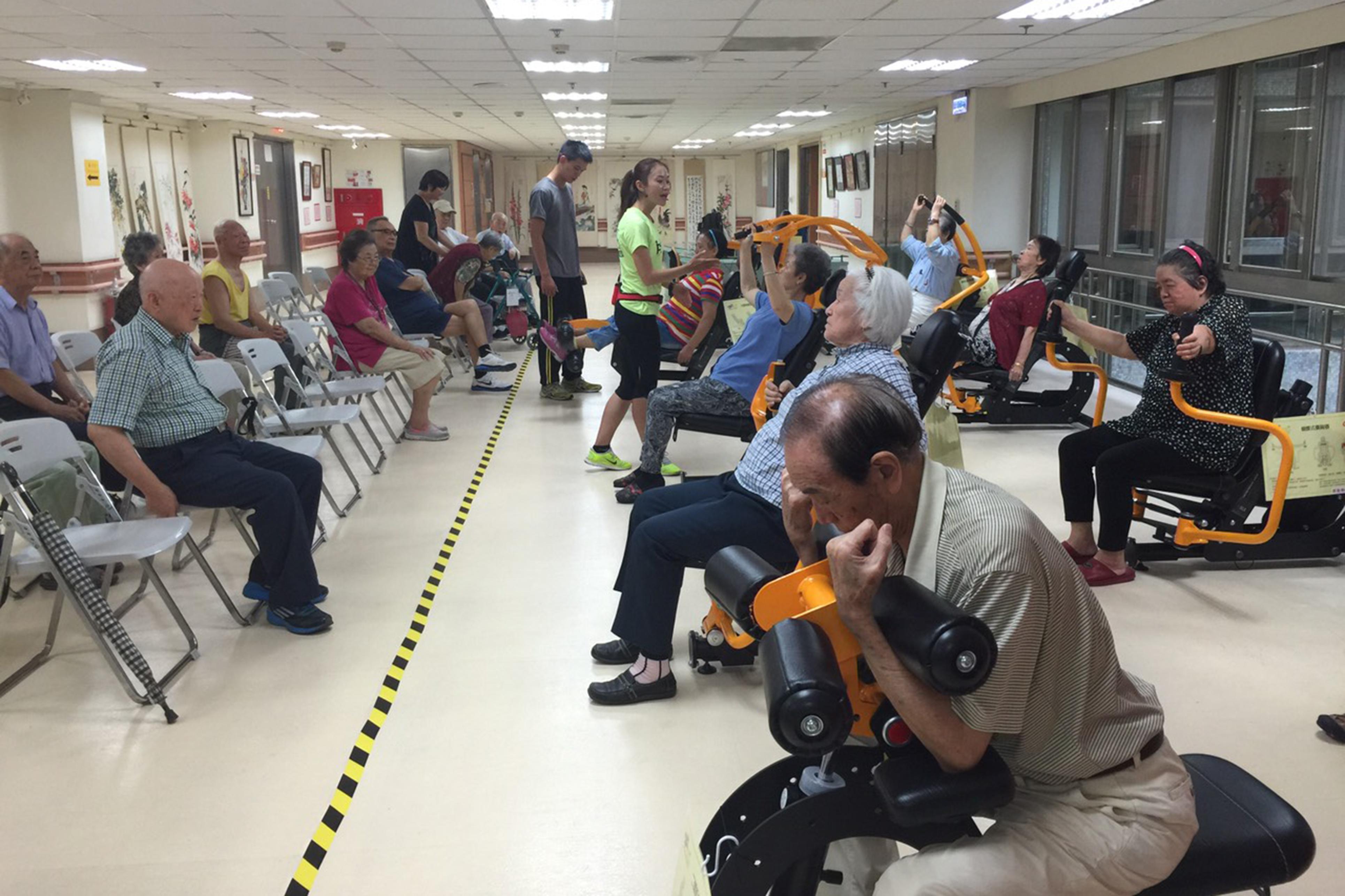 台北至善老人院應用我司照護系統訓練