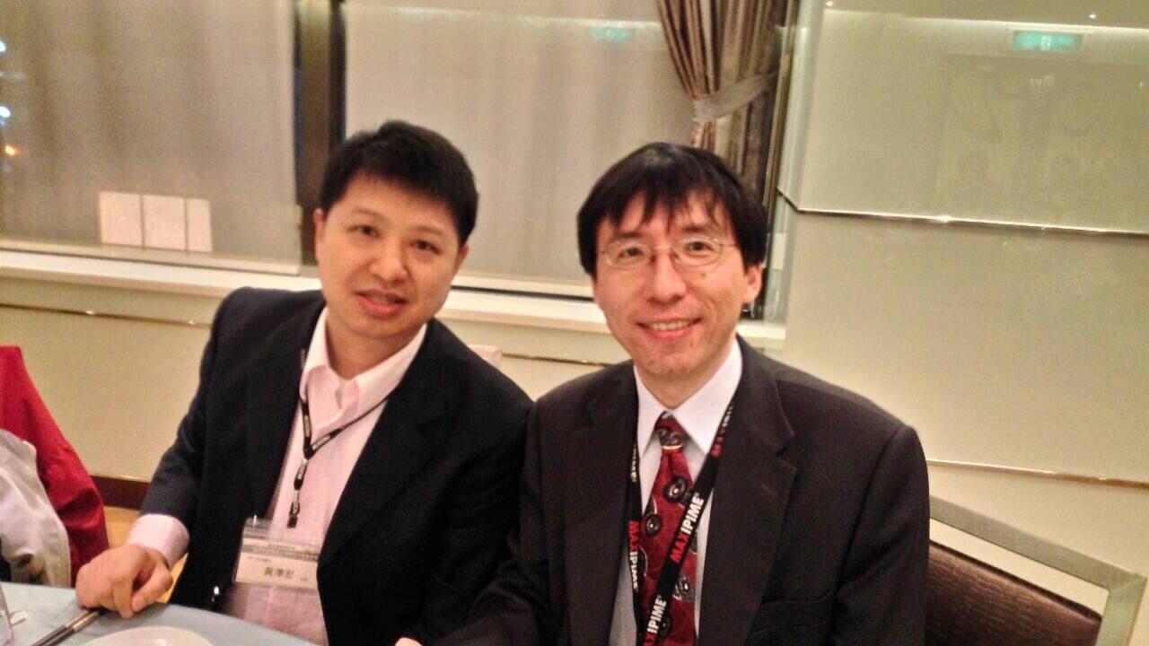 YQ1團隊-左為黃澤宏醫師,右為黃奇英教授