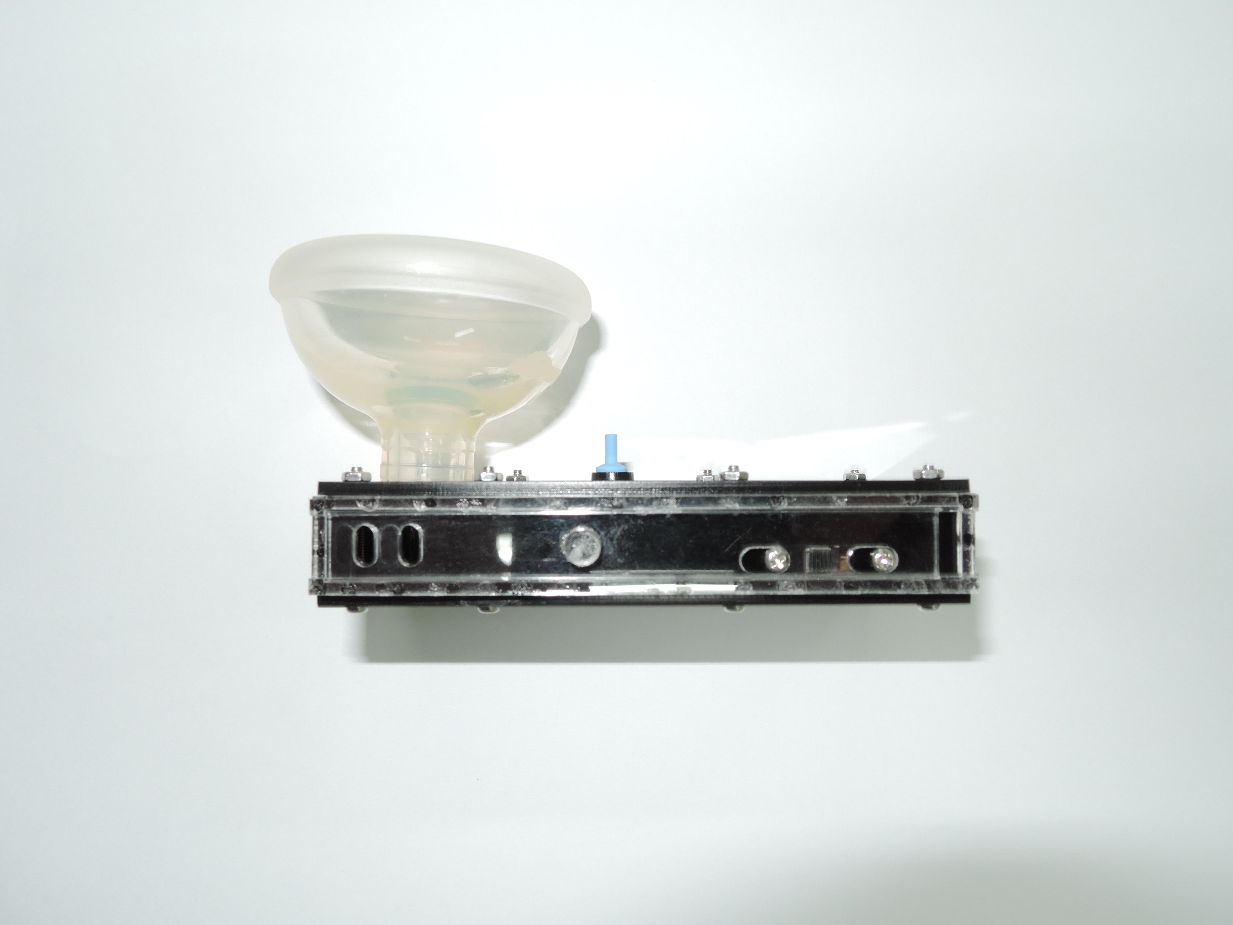 人工電子喉原型機-側面觀.jpg
