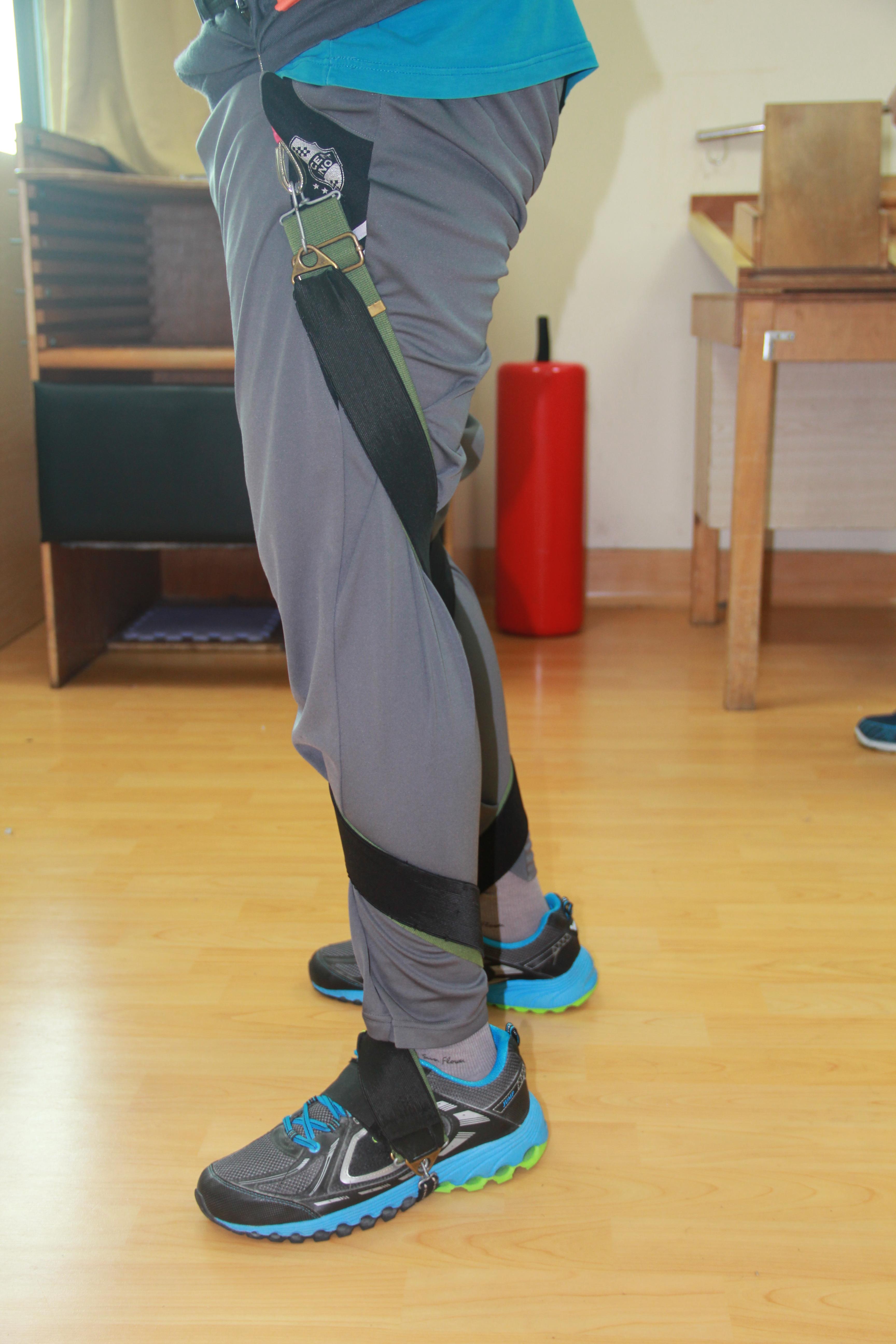 連動式足部側翻矯正裝置.產品側面觀