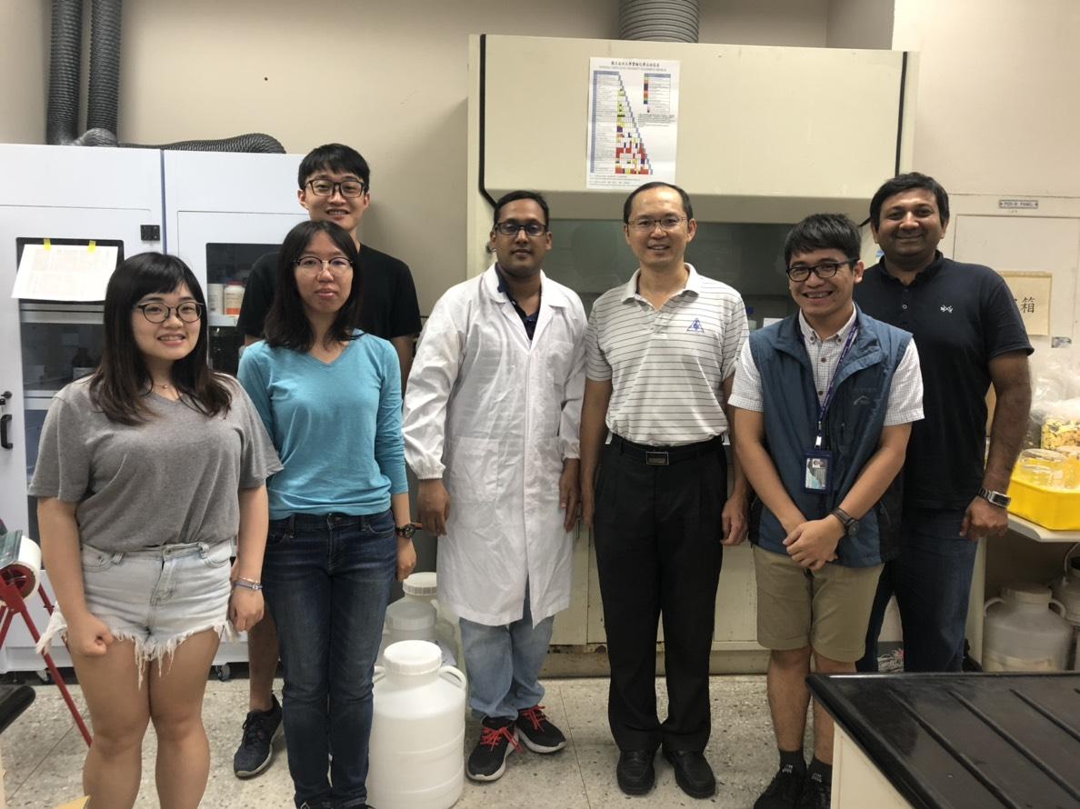 成功大學陳健生教授實驗室團隊