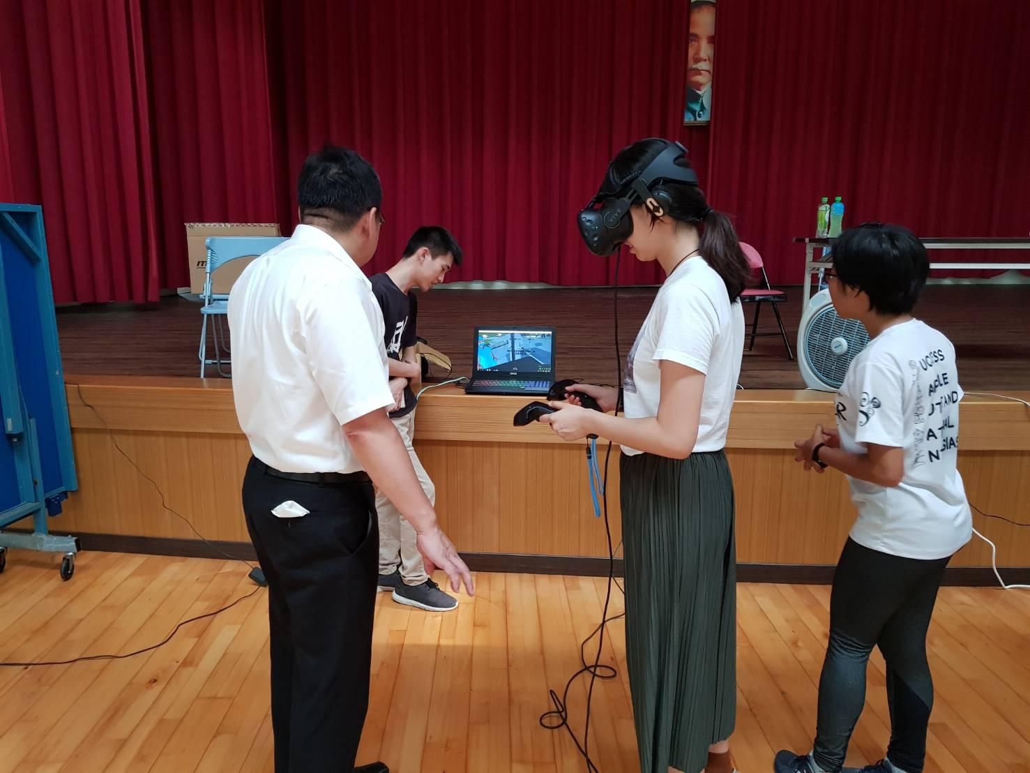 訓練日本學生指揮大傷現場之處置能力
