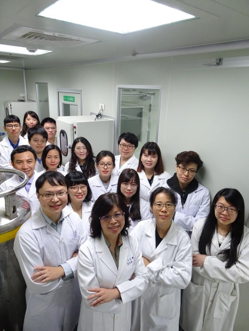 黃彥華教授實驗室研究團隊