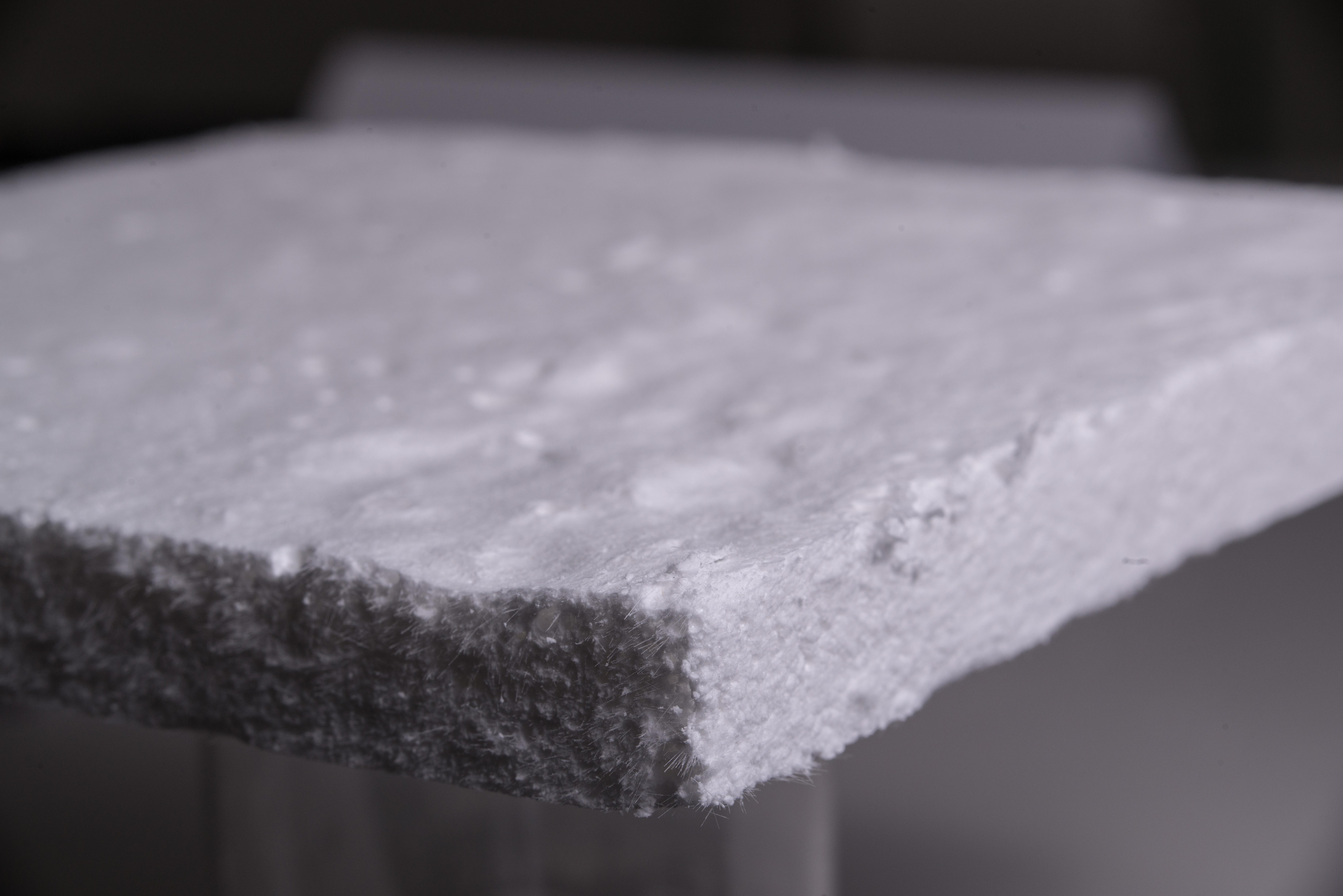 「氣凝膠塊狀複合材料」具有高機械強度之附加價值,適合應用在工業管線與高溫設備,降低能源損耗與提升安全性。