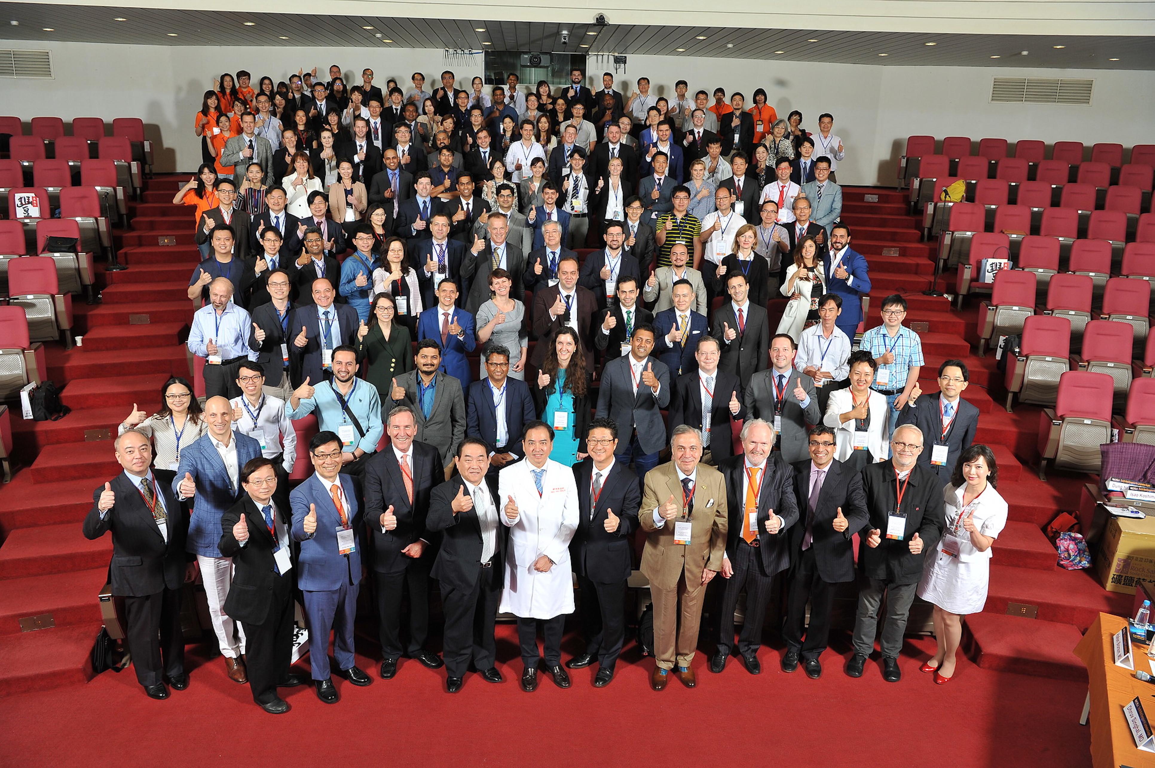 顯微手術營: 邀請世界級大師一同指導各國整形外科醫師如何實際操作顯微手術及超顯微手術 2019年4月25-27日第三次主辦世界淋巴水腫醫學會