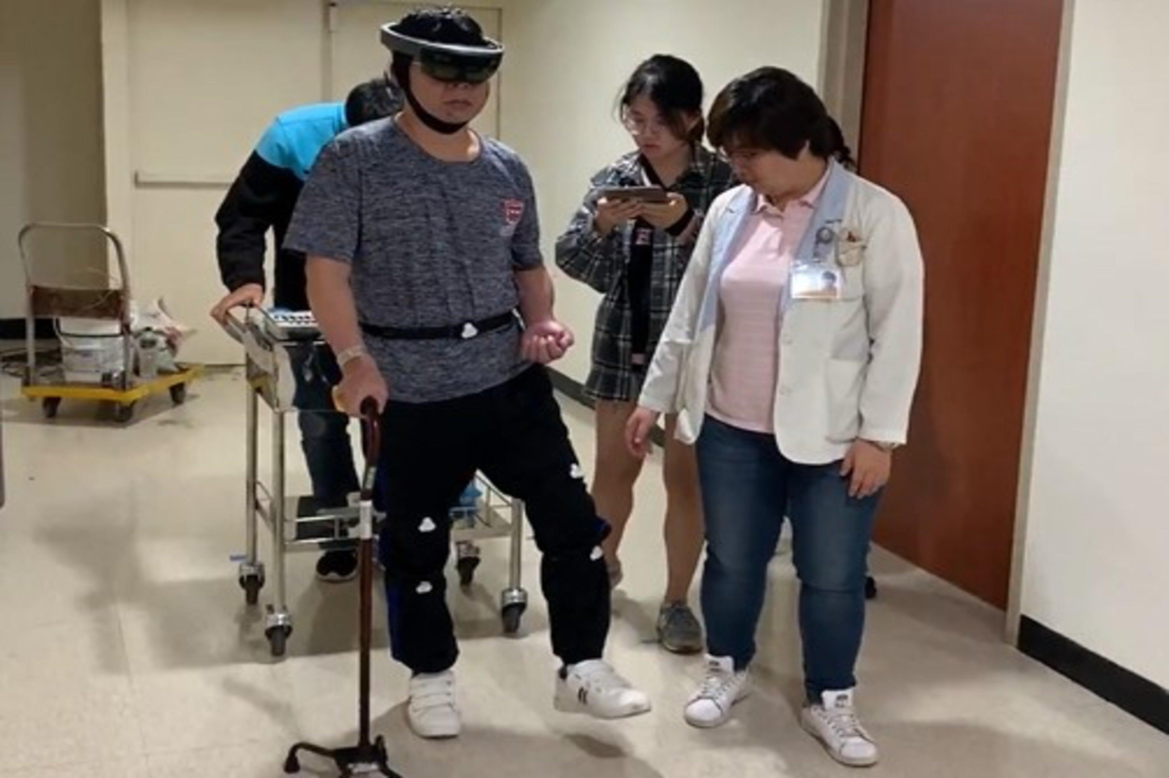 中風病患進行MR音樂復健遊戲